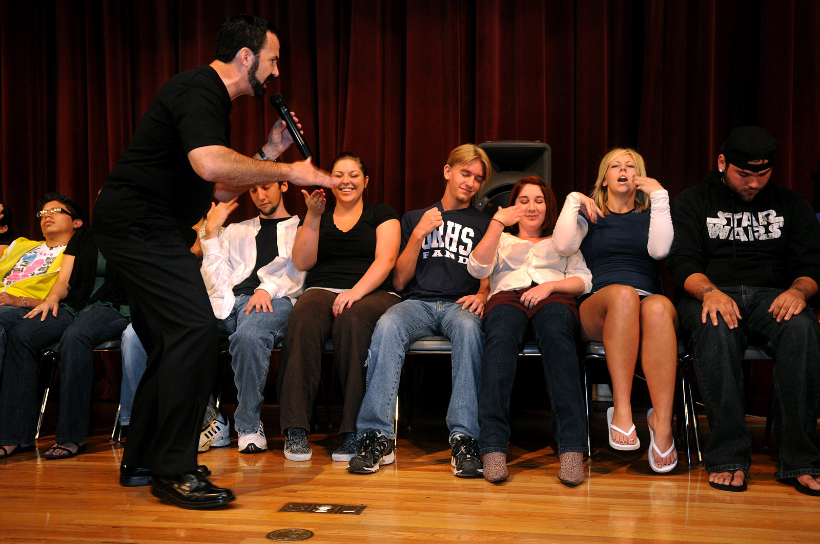 William Mitchell Stage Hypnosis Shows - Clean Comedy Stage ...
